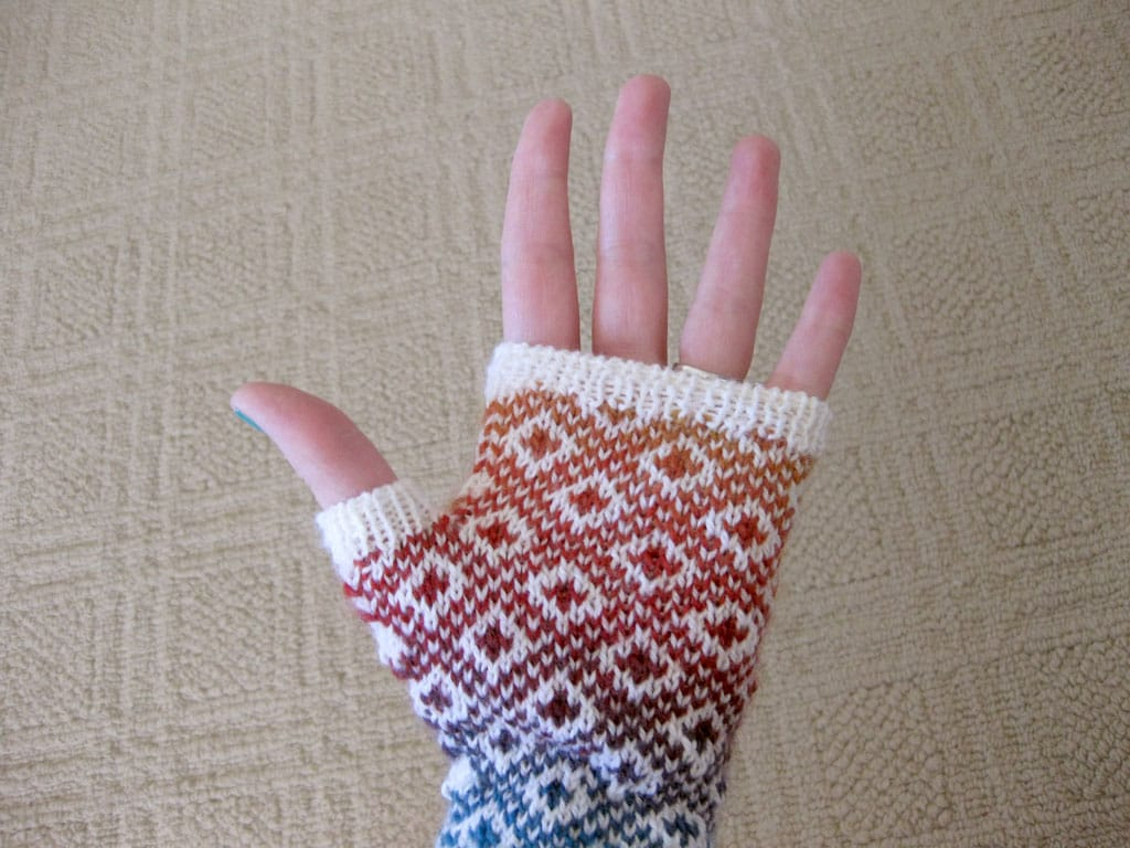 A palm view of my Endpaper Mitts.